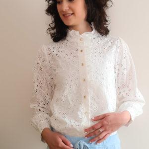 camisa blanca frontal